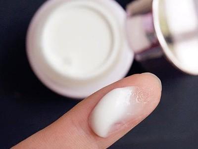 抗皱霜含什么成分好?