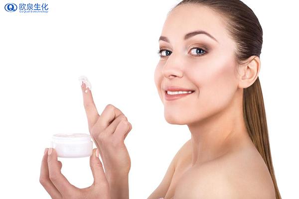 油性肌肤合适哪种防晒霜?