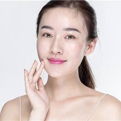 欧泉化妆品厂家厂家简述基础护肤方法