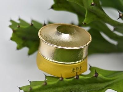 美妆厂家:活性修护霜的作用你知道吗?