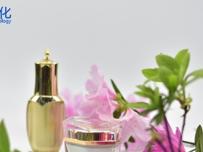 美妆厂家:爽肤水跟化妆水是一样的吗?