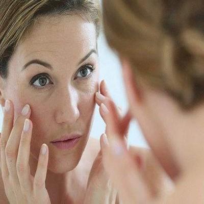 化妆品厂家带你了解肌肤焕颜小技巧