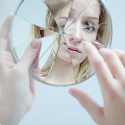女生经常照镜子的好处